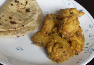 cauliflower&amp; potato with roti