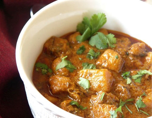 curried-chicken-in-cardamom-flavored-coconut-sauce-3