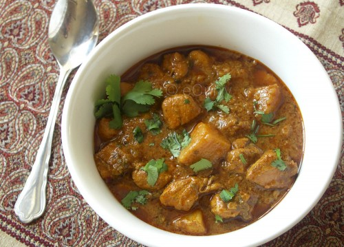 Curried Chicken in Cardamom Infused Coconut Sauce | eCurry - The ...