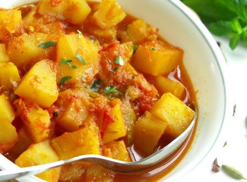 indian-curry-sauce-potato
