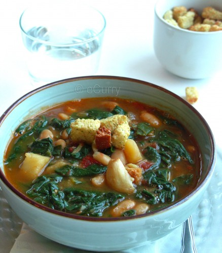 spinach-soup-with-fried-garlic-3