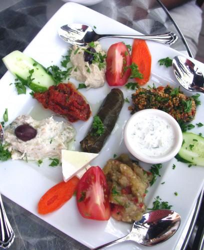 Istanbul appetizer platter