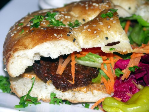 Istanbul falafel sandwich