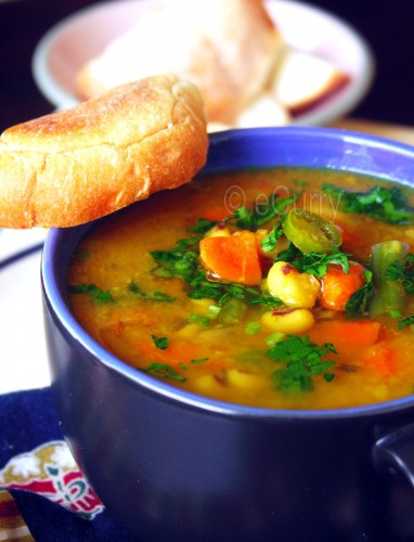 Red lentil &amp; vegetable soup 1