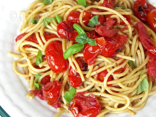 Pasta with Charred Skillet tomatoes 3