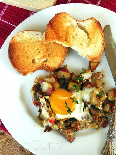 Skillet Eggs with potatoes and mushrooms 8