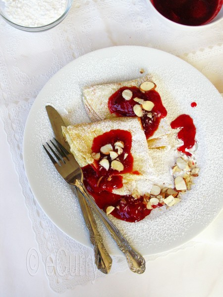 Crêpes with Strawberry and Orange Compote | eCurry - The Recipe Blog