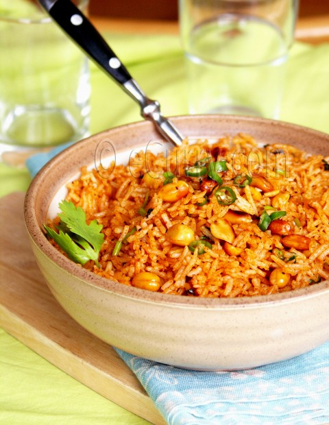 Cumin Flavored Tomato and Peanut Rice