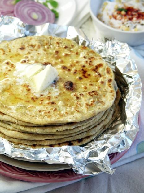 Aloo Parantha – Potato Stuffed Flatbread | eCurry - The ...