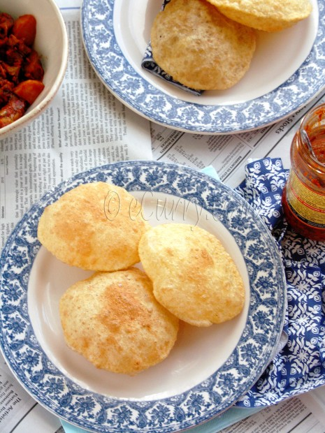 Poori – Deep Fried Puffed Bread | eCurry - The Recipe Blog