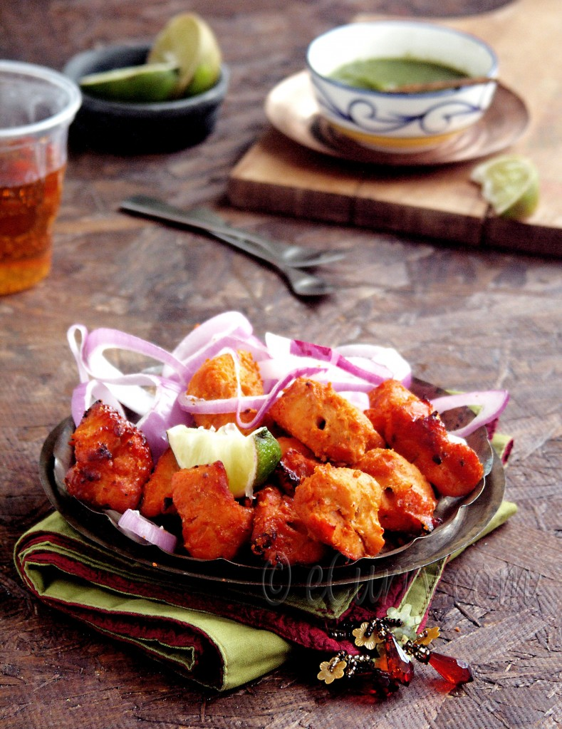 Murgh Tikka/Skewered chicken kebab