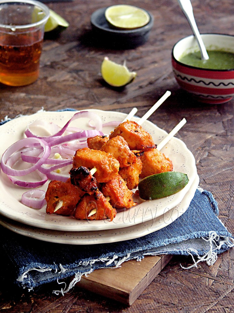 Chicken Tikka/ tikka chicken, indian tikka recipe, murgh, north indian grilled chicken, punjabi grilled chicken, chicken kebab, murgh tikka kebab