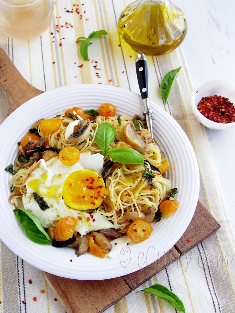 basil, fresh basil, herb, classic pasta with basil, pasta recipe with basil, angel hair pasta, pasta with fried egg