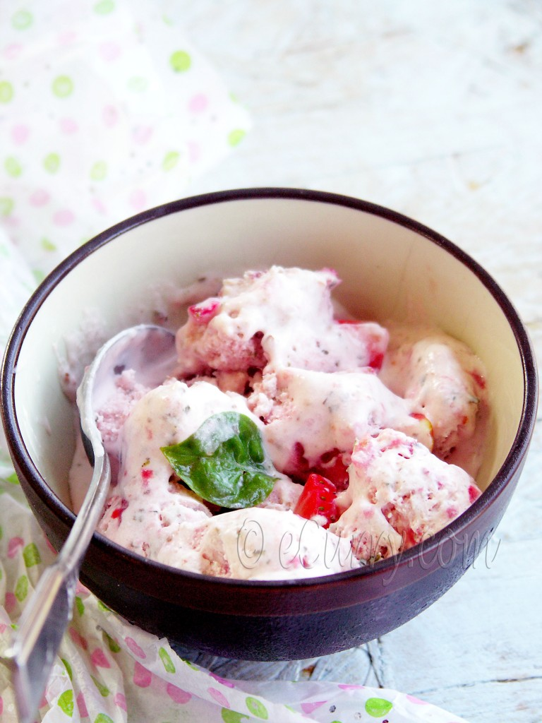ice cream recipe, ice cream without ice cream maker, ice cream without egg, ice cream without custard, basil ice cream, fresh fruit ice cream