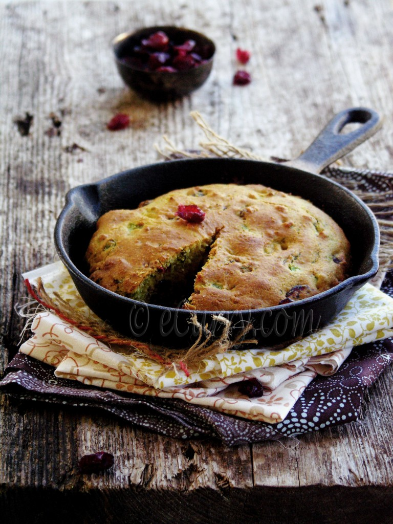Jalapeno Cranberry Skillet Corn Bread