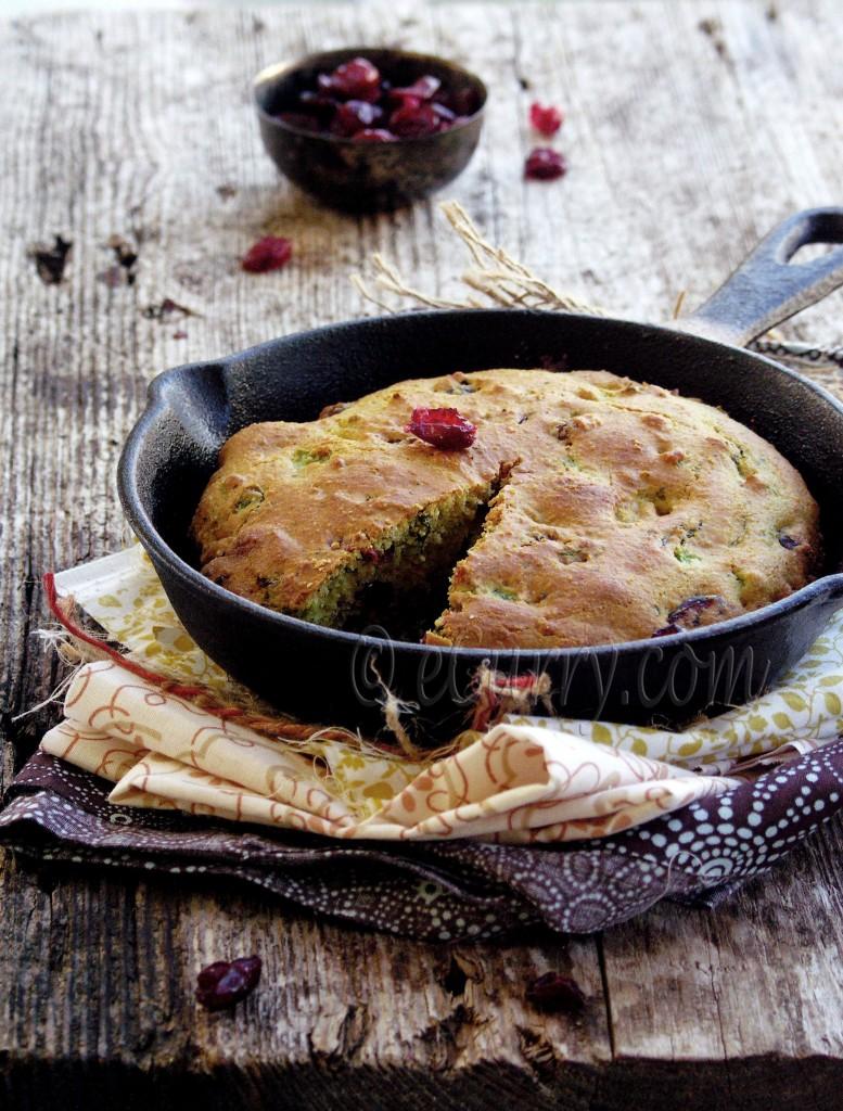 Jalapeno Cranberry Skillet Corn Bread