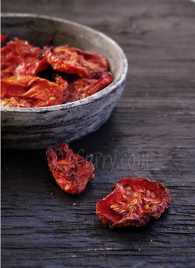 sun/oven dried tomatoes