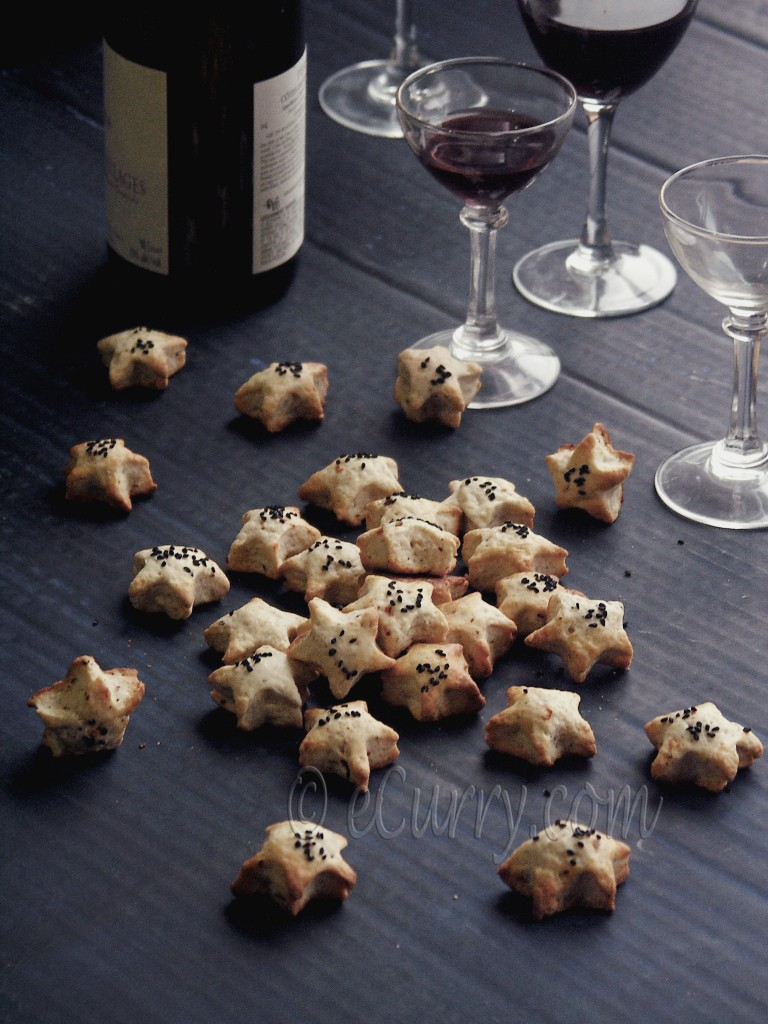 Almond, Nigella & Pepper Cocktail Cookies | eCurry - The ...