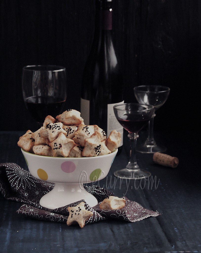 Almond, Nigella & Pepper Cocktail Cookies | eCurry - The Recipe Blog