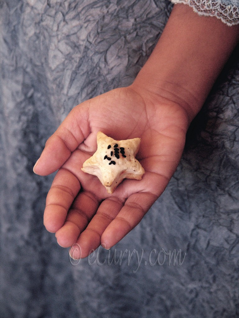 cookie in the hand