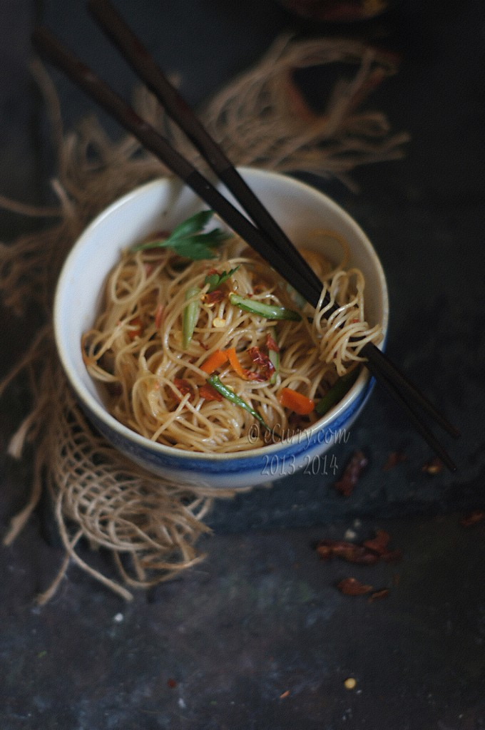Burnt-Chili-Garlic-Noodles-4.jpg