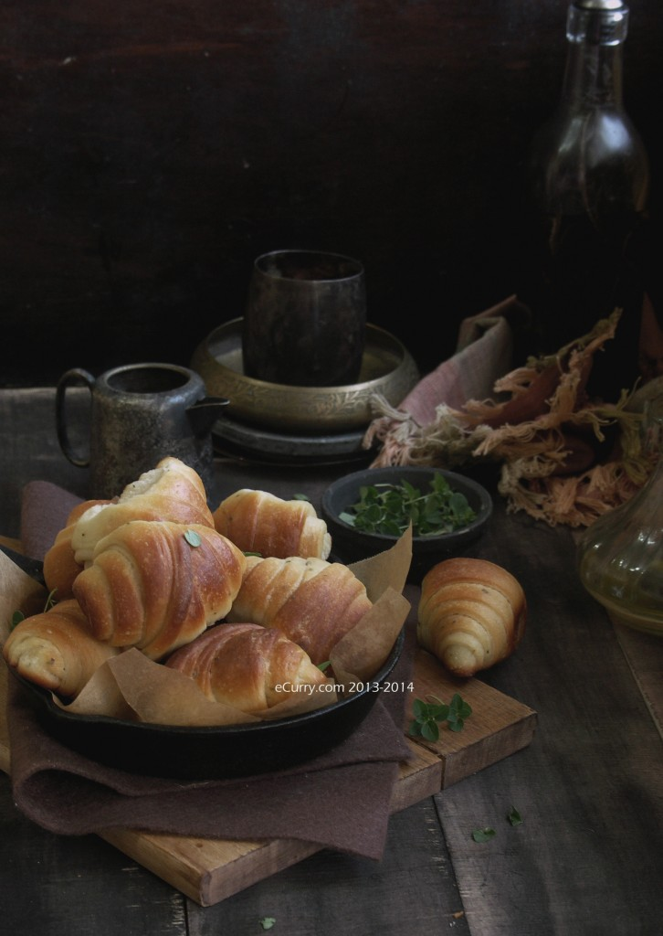 Garlic and Herb Crescent Roll 7