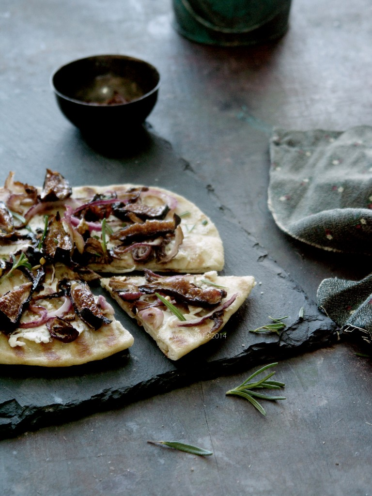 Naan-Pizza-with-Figs-3.jpg