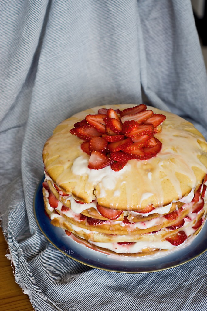 Lemon layer cake 1