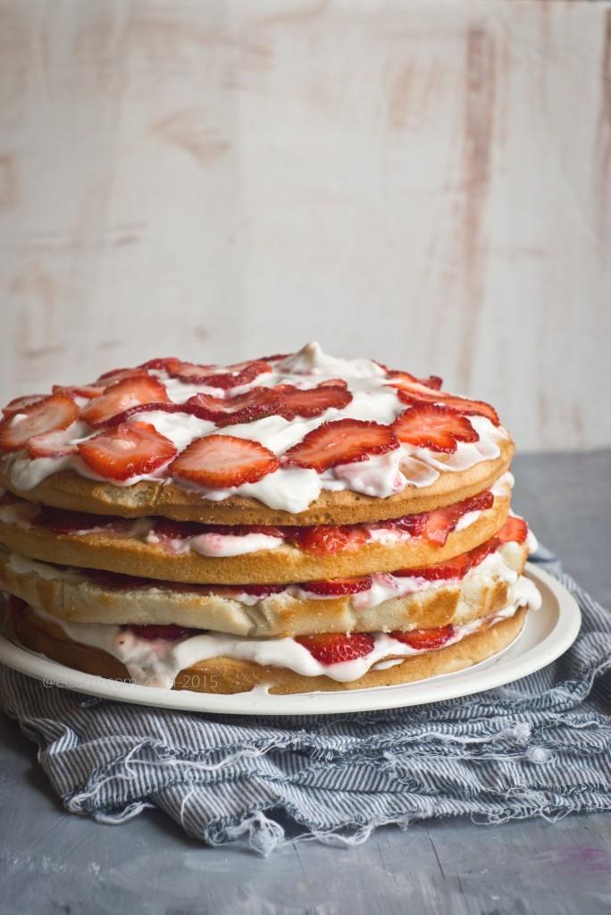 Strawberry lemon layer cake 2