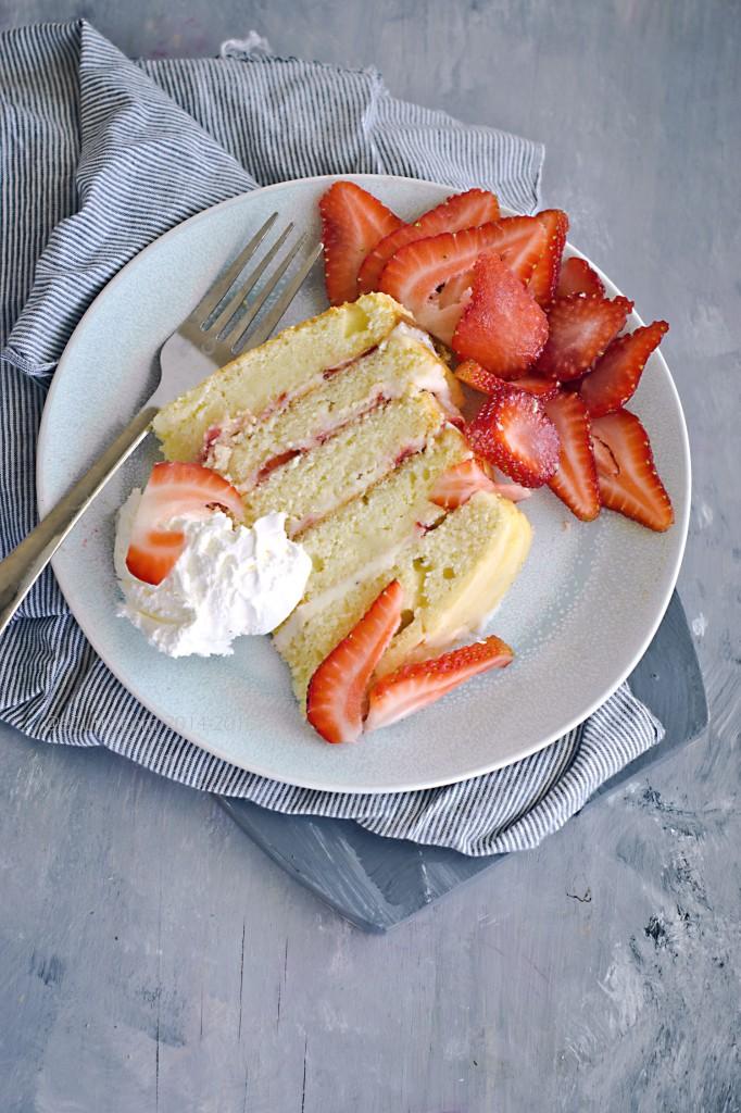 Strawberry lemon layer cake 3