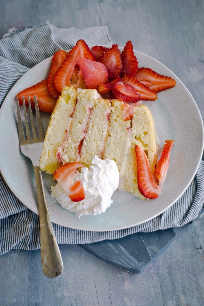 Strawberry lemon layer cake 5