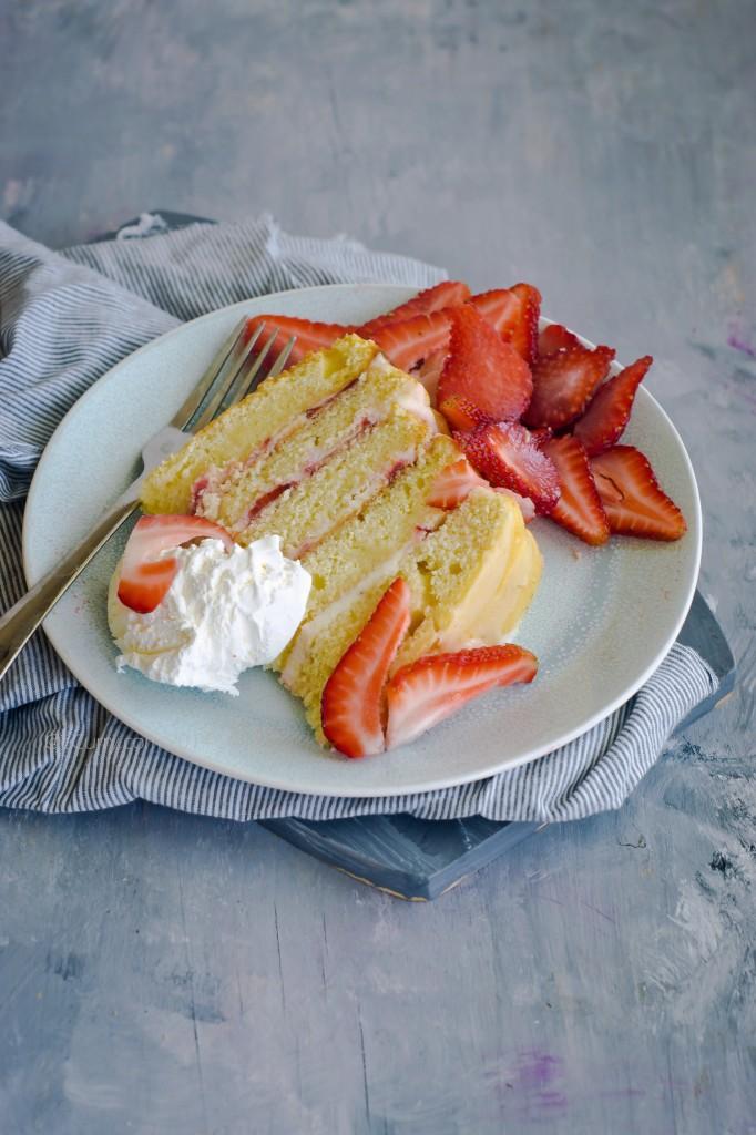 Strawberry lemon layer cake 6