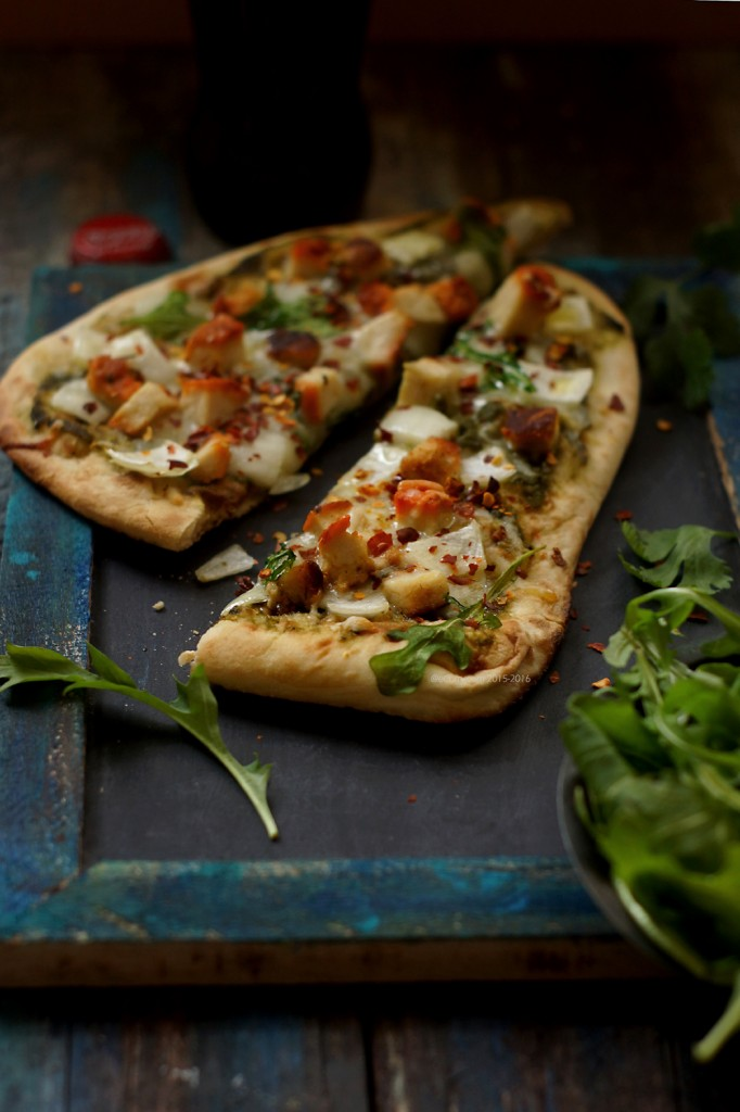 Chicken Tikka Naan Pizza 7464_2